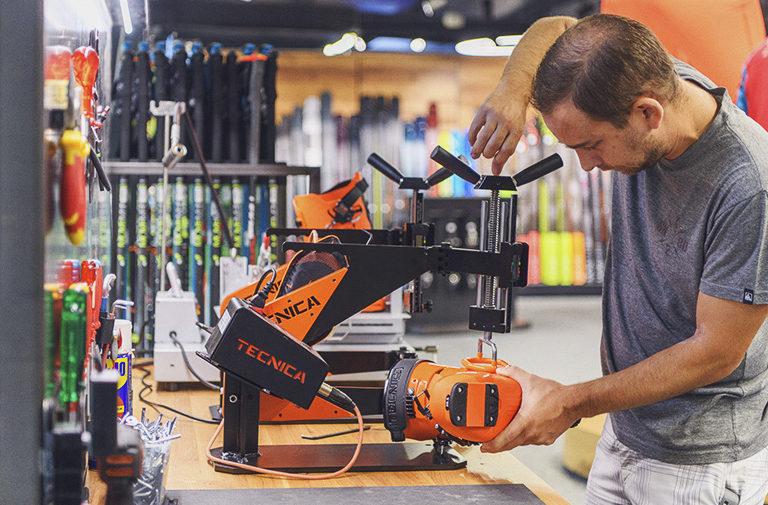 Déformation de coques et bootfitting chez François Sports Morges Bremblens